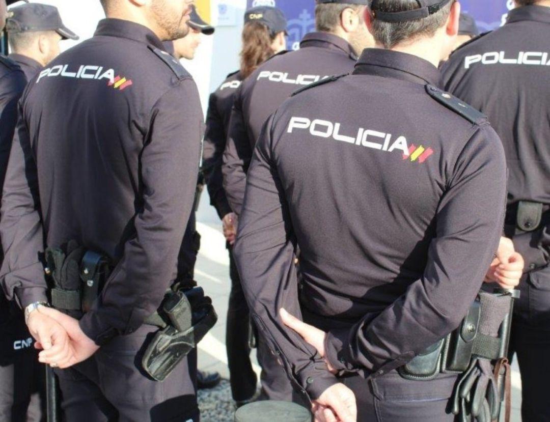Detenidos 23 aficionados radicales del Barça en Sevilla