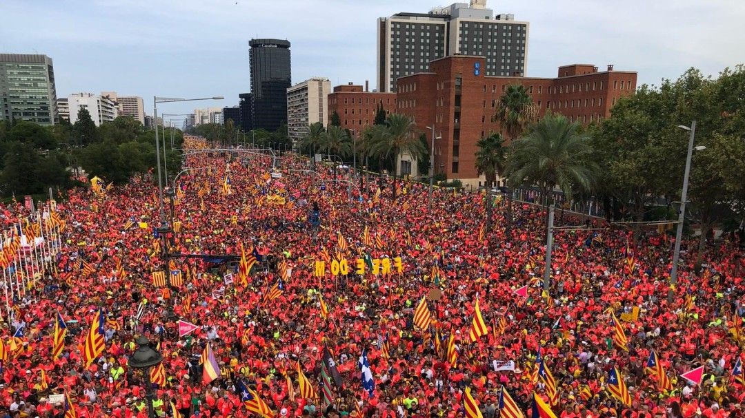 Partidos, entidades y el Govern llaman a movilizarse en una Diada marcada por la próxima sentencia