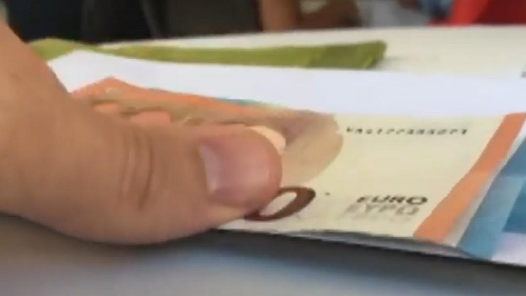 Si tienes este billete de 10 euros puedes ganar 3.000 euros