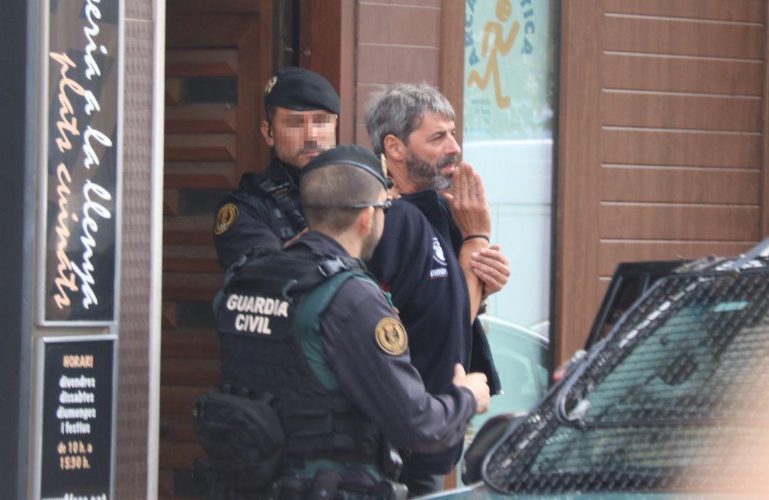 Detenidos 9 miembros de los CDR acusados de querer atentar con explosivos