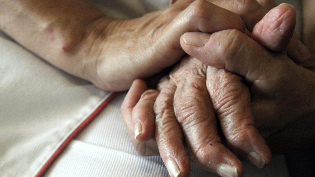 Estados Unidos aprueba el primer medicamento específico contra el Alzheimer en dos décadas