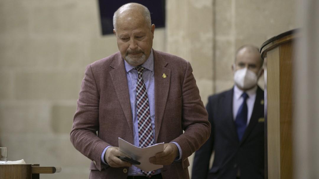 La Junta de Andalucía culpa a los jóvenes y a las familias de la ludopatía: Siempre estamos delegando