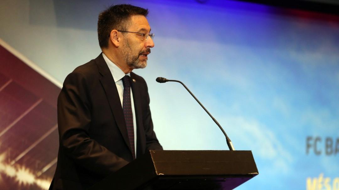 Bartomeu puntualiza los resultados económicos emitidos que presentó la junta de Joan Laporta