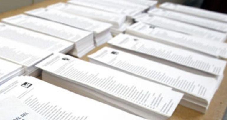 La Diputación de Álava se confunde en el tamaño de las papeletas  electorales | SER Vitoria | Cadena SER