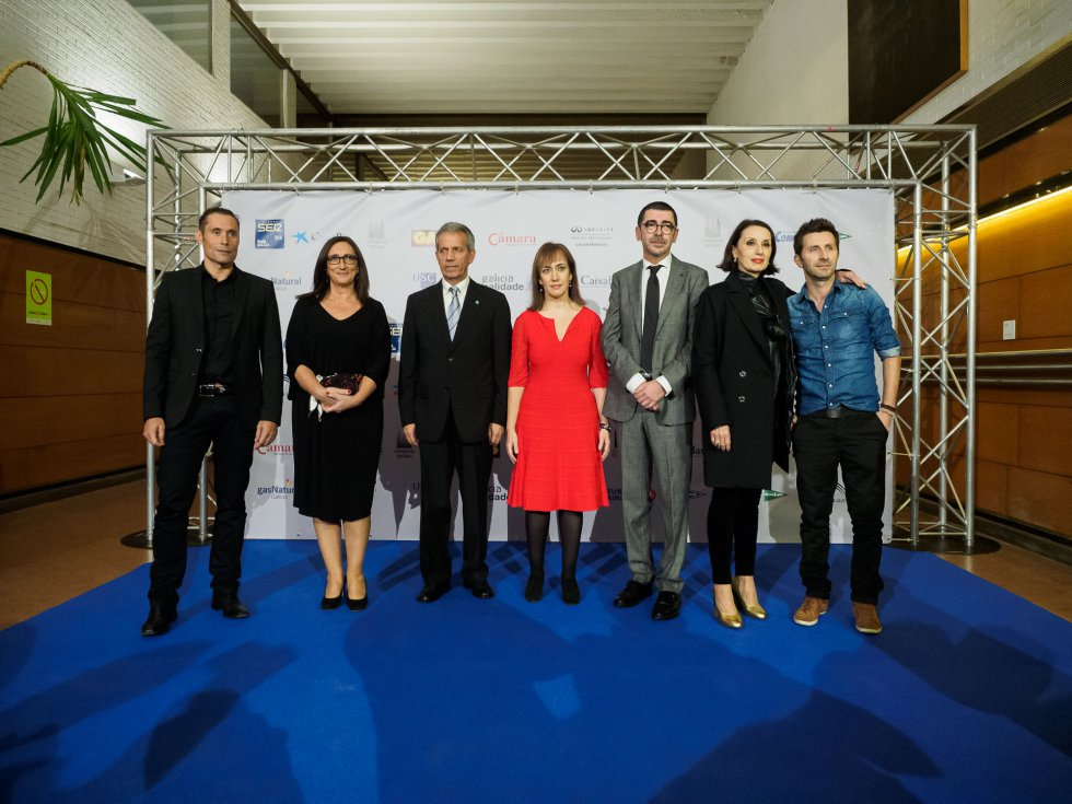Los representantes de los seis premiados