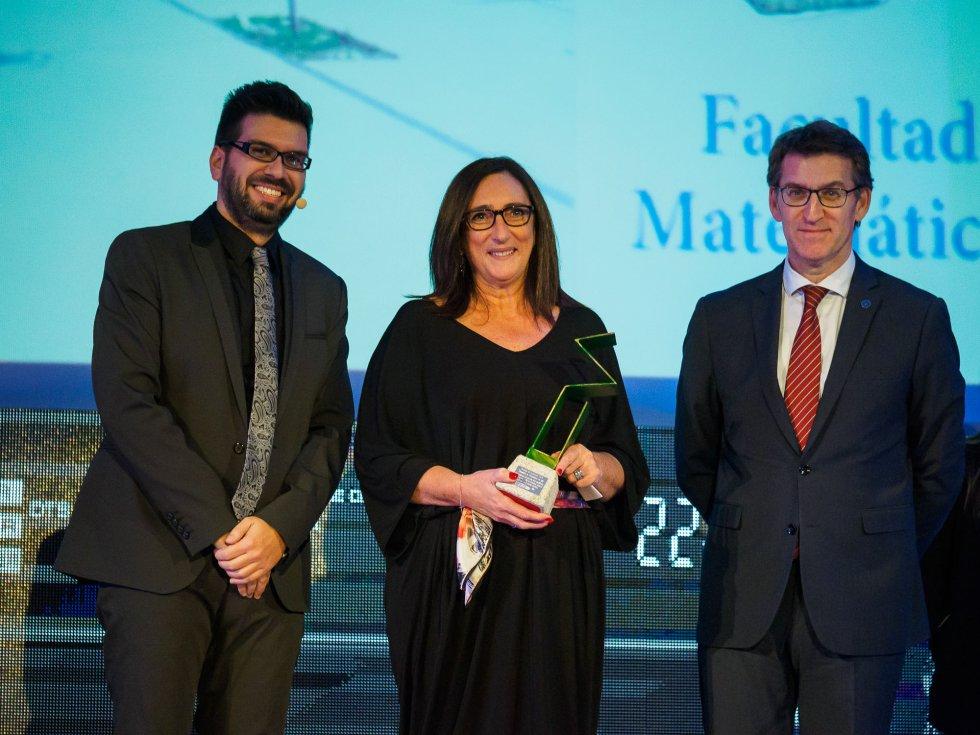 Victoria Otero, Decana de la Facultad de Matemáticas de la USC entre Luis Pardo y el Presidente de la Xunta, Alberto Núñez Feijóo