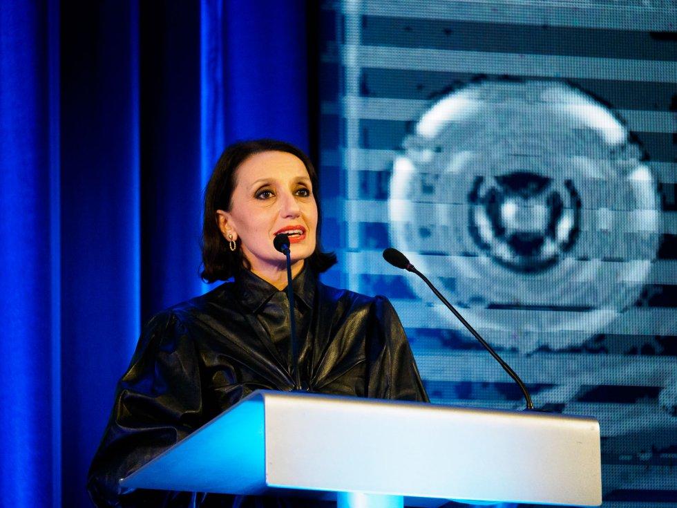 Luz Casal agradeciendo el premio SERenidade al Festival de la Luz