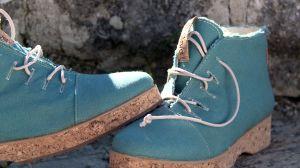 Modelo Aquamarine de los zapatos realizados con materiales orgánicos y  veganos 590f9d127649