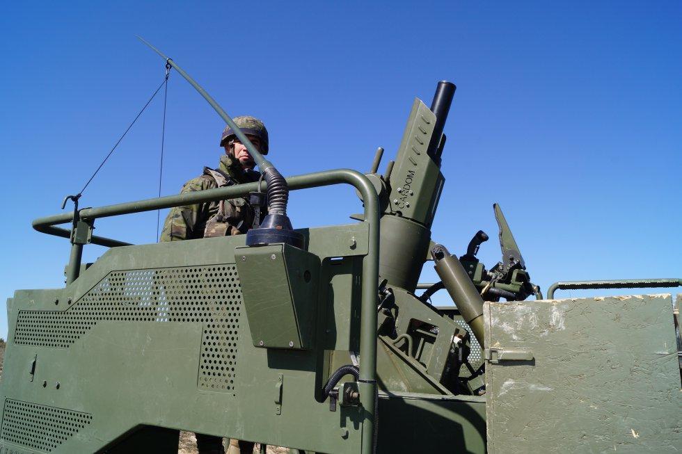 Uno de los nuevos vehículos adquirido por el ejército que lleva incluido un mortero