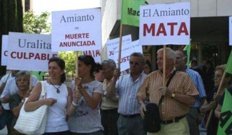 Los afectados por el amianto siguen reclamando indemnizaciones a la empresa