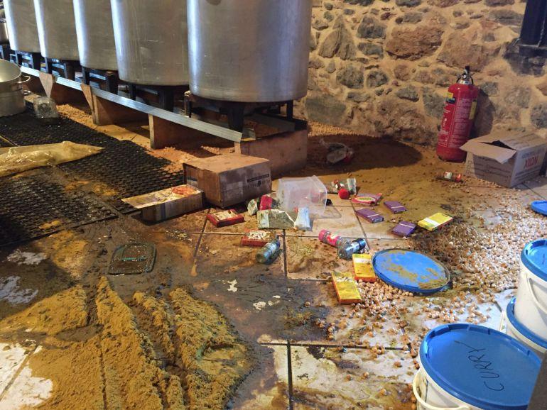 Atacan la cocina que zaporeak tiene en la isla griega de chios radio san sebasti n cadena ser - Cocinas san sebastian ...