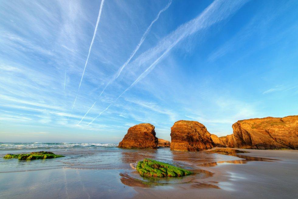 La Playa de As Catedrais es un paraíso de la naturaleza