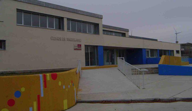 Colegio Conde de Vallellano en Ampudia (Palencia)