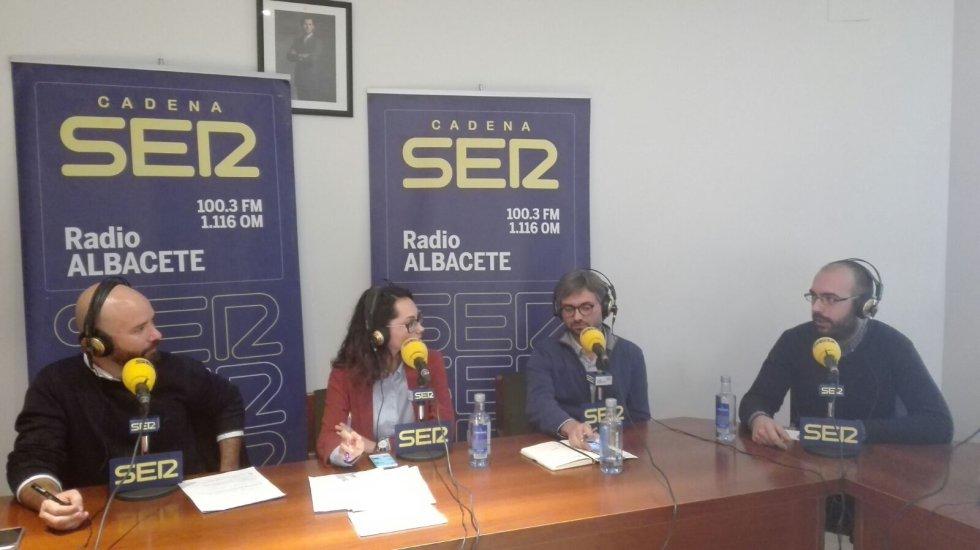 Cristina Castellanos y Kiko Aznar durante un momento del programa