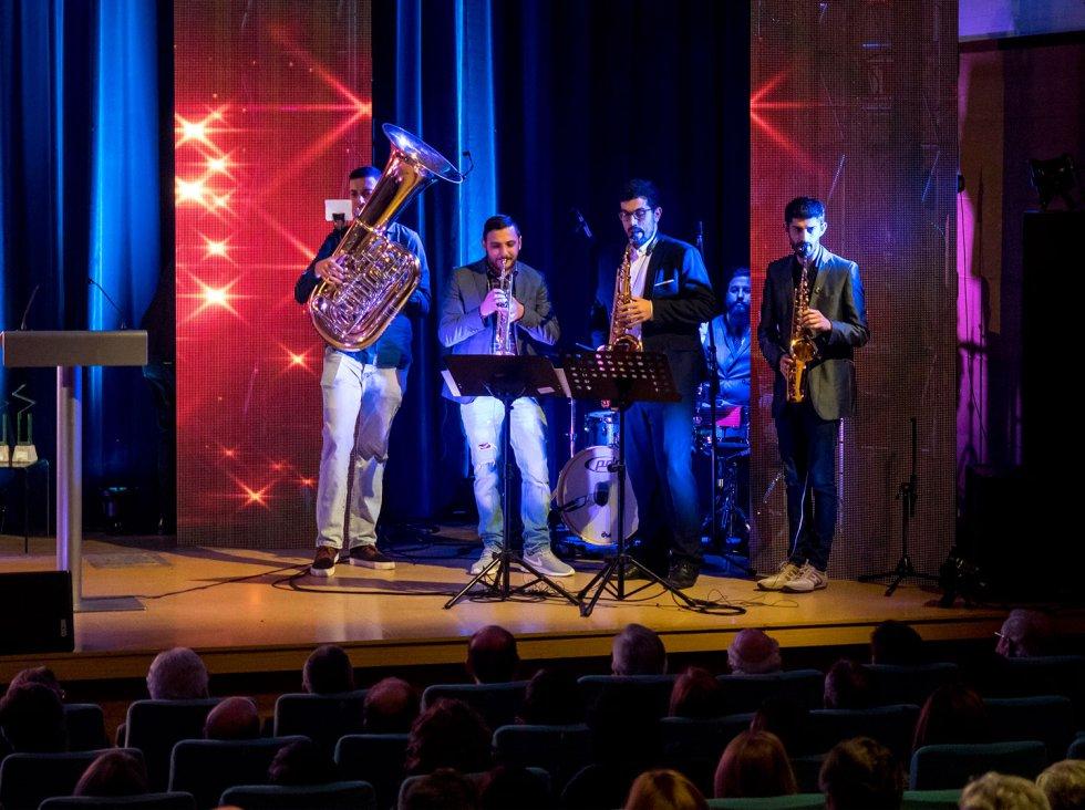 Compostela Band le puso música a la noche
