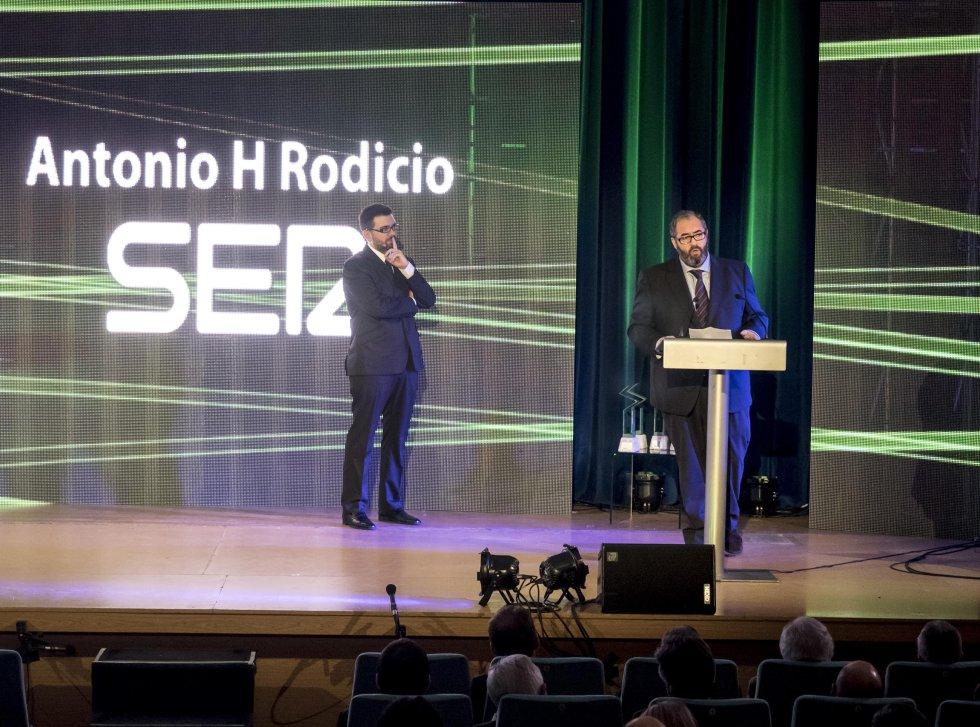 El director de la Cadena SER, Antonio H. Rodicio, durante su discurso