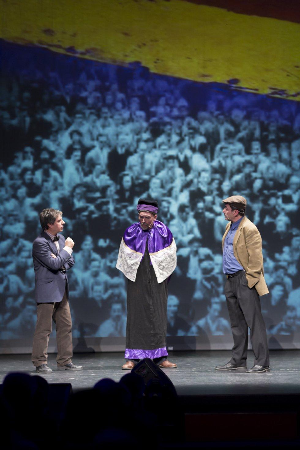 Teatro del Limbo recreó el momento en que Victorio Macho vio peligrar la inauguración del Cristo del Otero por tratarse de una obra de carácter religioso tras la llegada de la II República