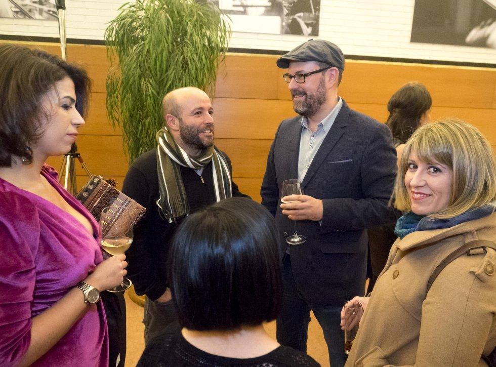 El alcalde Martiño Noriega con el portavoz del grupo En Marea del Parlamento de Galicia, Luis Villares y la diputada Carmen Santos