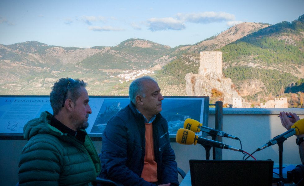 José Antonio Olivares, alcalde de Cazorla, y Juan Benavente, empresario turístico, invitados de la quinta etapa.