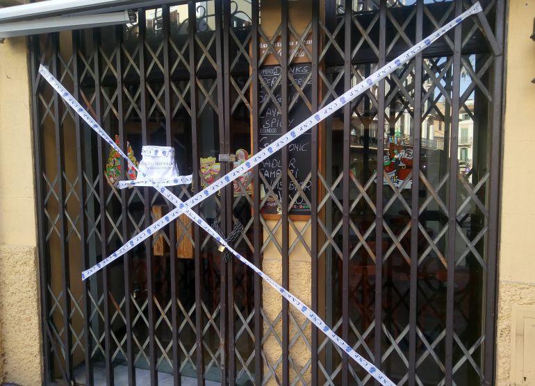 Resultado de imagen de bares cerrados