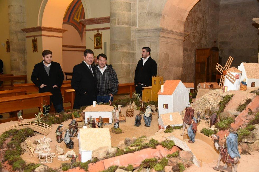 Las imágenes del mensaje de Año Nuevo del presidente Page en Jorquera y Alcalá del Júcar