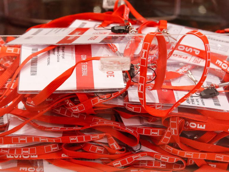[PSOE] Congreso Extraordinario del Partido Socialista Obrero Español 1484569257_016121_1484571022_noticia_normal