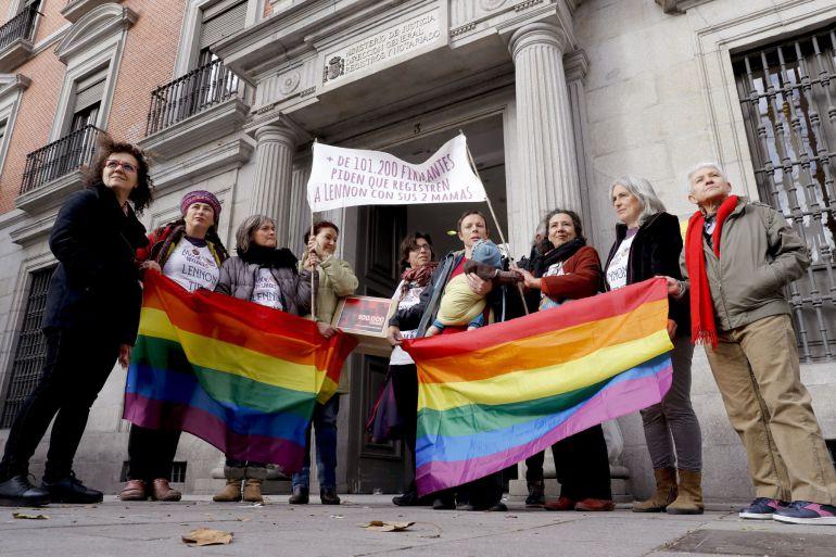 Para singles,padres con hijos, Lesbianas de Alicante.