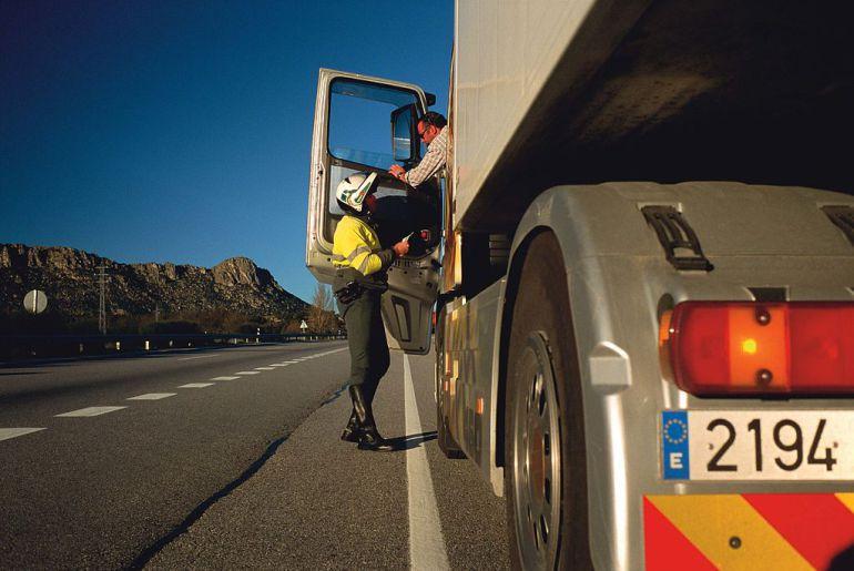 Fallecen: Fallecen dos camioneros tras sufrir problemas de salud mientras conducían