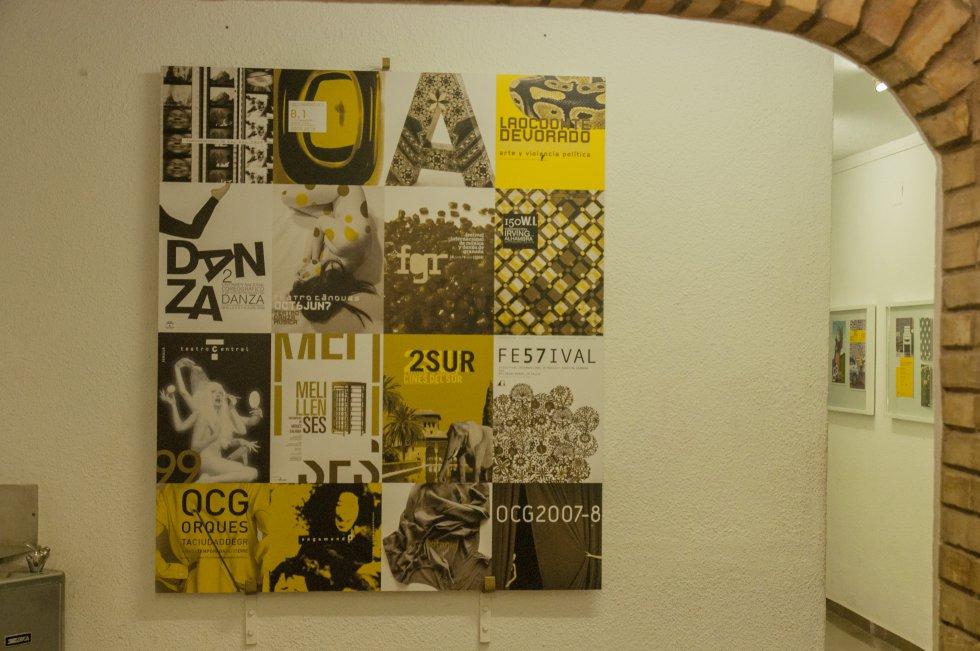 Collage de cartelería que se puede ver en la exposición 'Manigua' en la Escuela de Arte 'José Nogué' de Jaén.