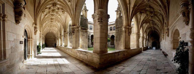 Las visitas al Monasterio de San Zoilo bajan un 12,5 por ciento en ...