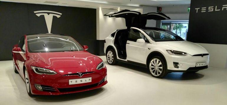 db5063d2c7b8 El Corte Inglés se alía con Tesla para la venta