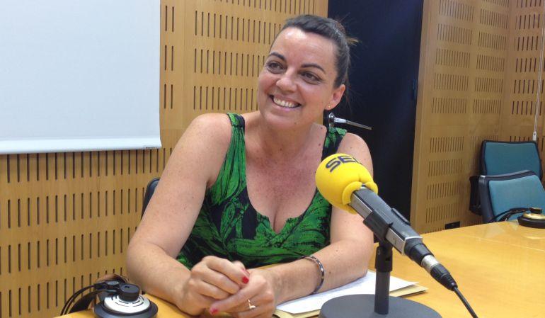 Nos Pueden Multar Por Ir Por La Calle Sin Camiseta Radio Valencia Actualidad Cadena Ser