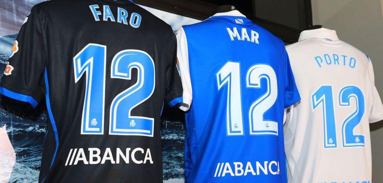 Deportivo de A Coruña  Precios congelados y camisetas cargadas de ... 438bd7a5ce1d2
