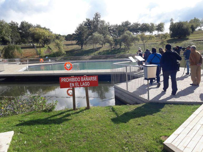 El monte do gozo ya tiene piscinas radio galicia - Piscinas santiago de compostela ...