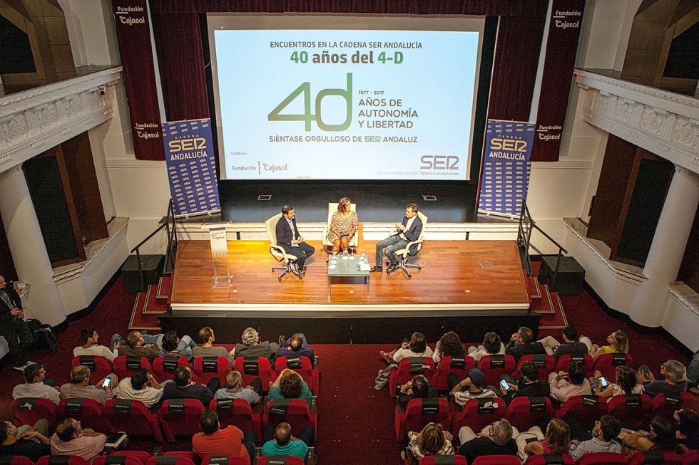 Debate y público de los Encuentro de la SER dedicados a los 40 años del 4-D