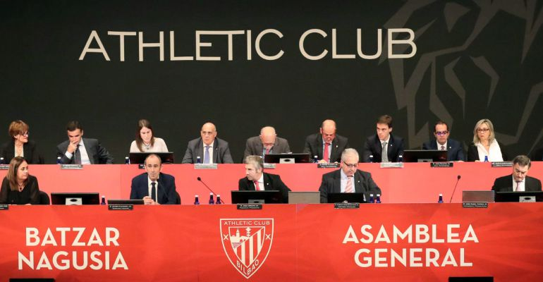 Athletic asamblea general  Respaldo masivo a las cuentas del club ... aefe325ea3d3b