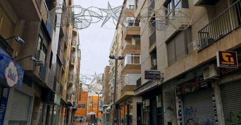 35c56241f3d Luces de Navidad instaladas en la calle San Clemente de Jaén.