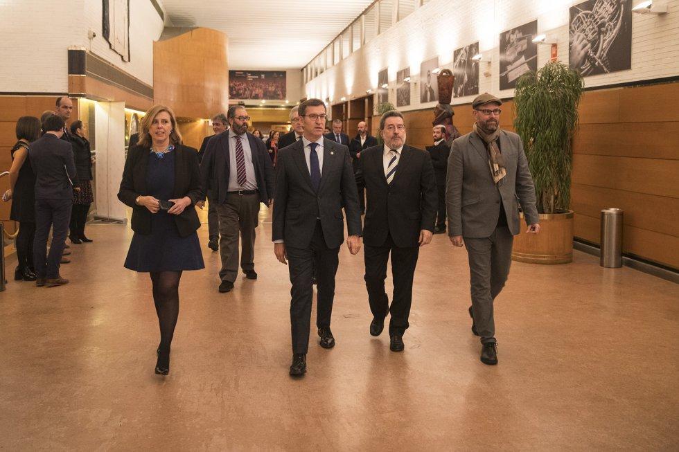 Llegada del Presidente de la Xunta, Alberto N. Feijóo, acompañado por el Alcalde, Martinño Noriega, el Director de Radio Galicia, Jordi Jordà, el Director nacional de la Cadena SER, Antonio H. Rodicio y la Directora de Contenidos de Radio Galicia, Aida Pena