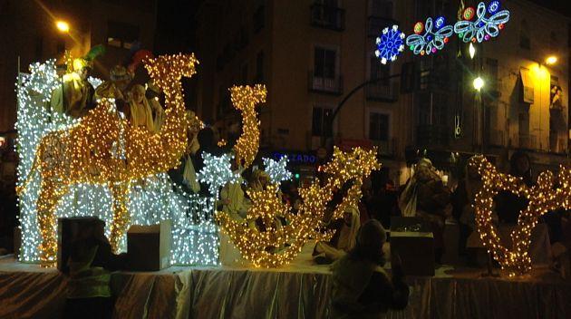 Carrozas De Reyes Magos Fotos.Cabalgata De Reyes De Cuenca Horarios Y Recorrido De La