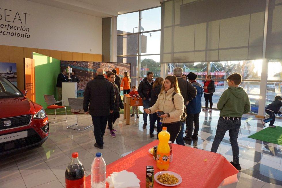 La Copa del Rey en Elda: FOTOGALERÍA | La Copa del Rey pasó por SEAT - Hugo Motor de Elda-Petrer