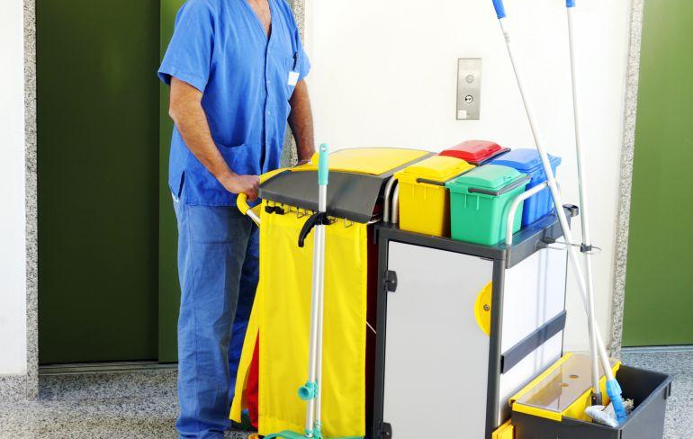 Resultado de imagen de limpieza de centro de salud