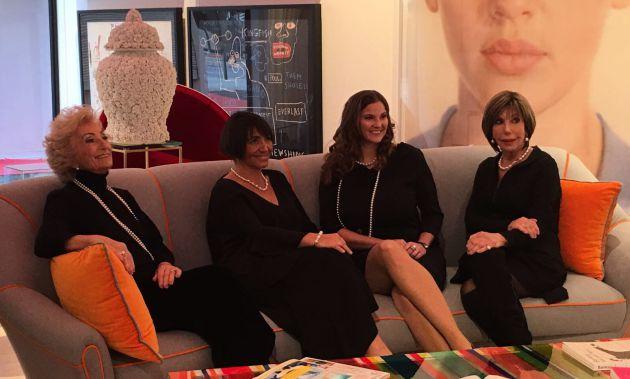 "Primer calendario ""Mujeres Rotarias"" 2018 MAJORICA"