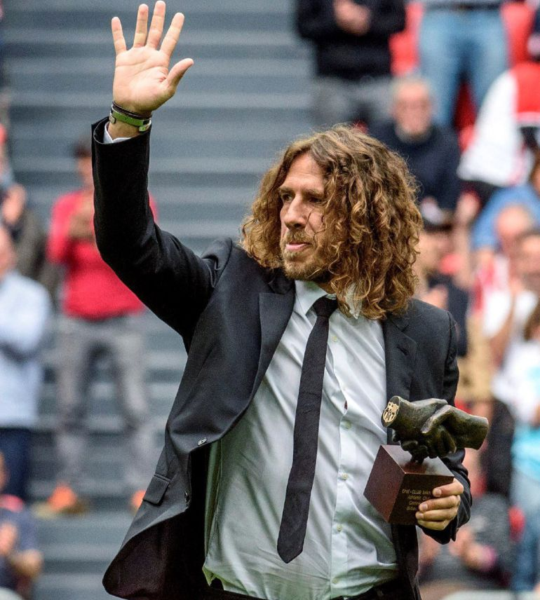 Carles Puyol recibe el 'One Club Player'