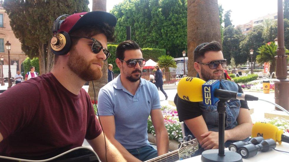 """Planeta Tortuga han interpretado en directo """"Noches de Mayo"""" la canción oficial de las Fiestas de la Bruja 2018, en Alcantarilla"""