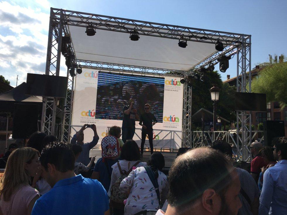 Joaquín Guillén y Austin Slack han sido los encargados de inaugurar Actúa Murcia 2018