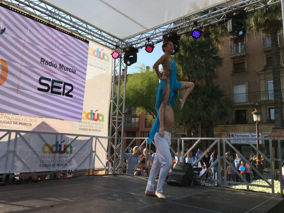 Nico y Andrea ha sorprendido al público con una fantástica actuación (2)