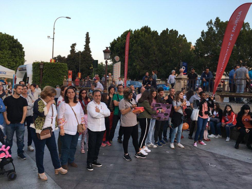 Numeroso público ha acompañado las diferentes actuaciones en los dos escenarios instalados en La Glorieta de España