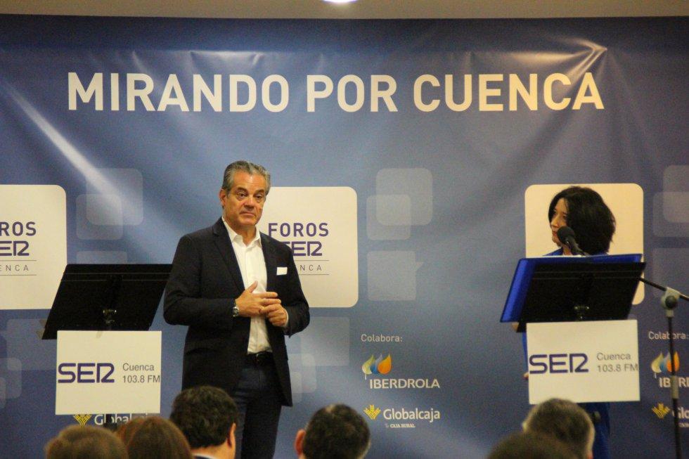 Marcos de Quinto ha explicado su visión de Cuenca y ha contestado a las preguntas de los asistentes