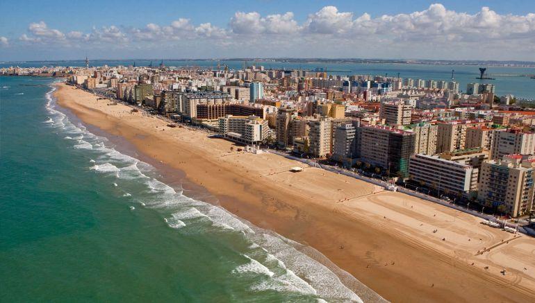 7b2408f012 Comienza la temporada alta de playas en Cádiz | Radio Cádiz | Cadena SER