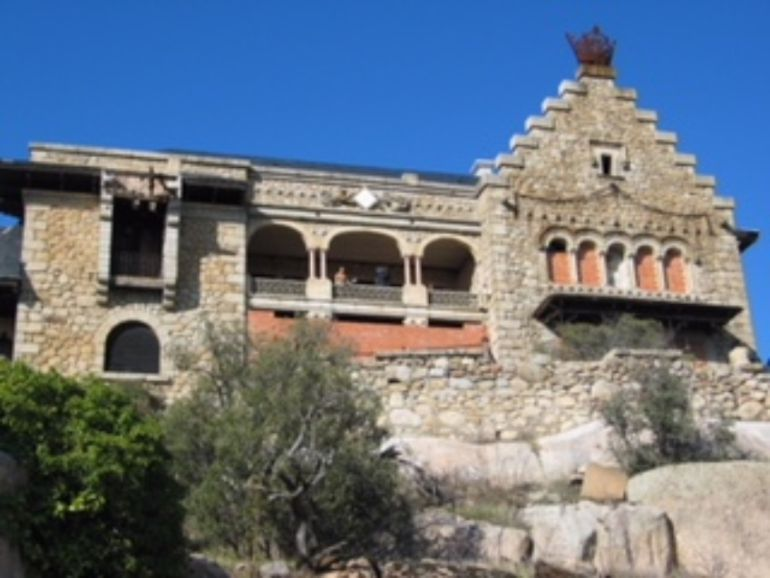 Torrelodones Exige Proteger El Palacio Del Canto Del Pico Del